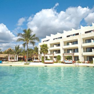 Akumal Bay Beach & Wellness Resort Hotel