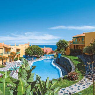 Apartamentos La Caleta Hotel