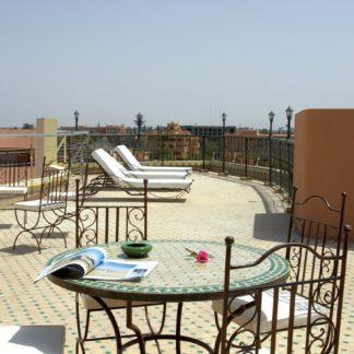 Dellarosa Hotel & Suites Hotel