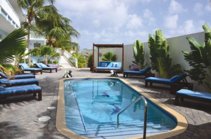 Dolphin Suites Hotel