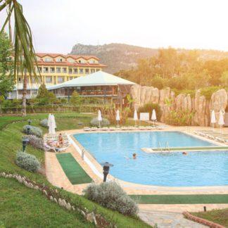 Queenspark Le Jardin Resort Hotel