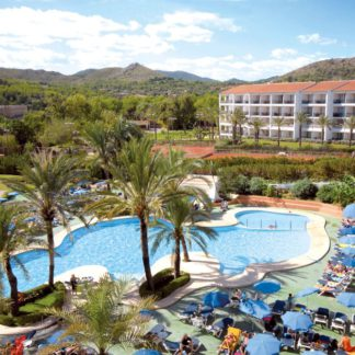 Beach Club Font de Sa Cala Hotel