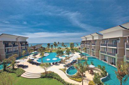 Le Meridien Khaolak Resort & Spa in