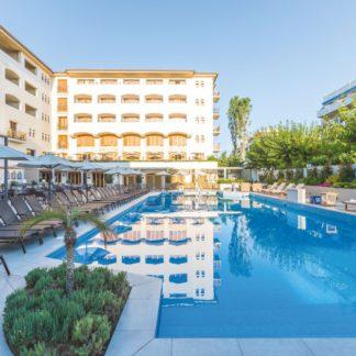 Theartemis Hotel